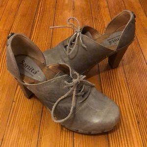 Anthropologie clogs